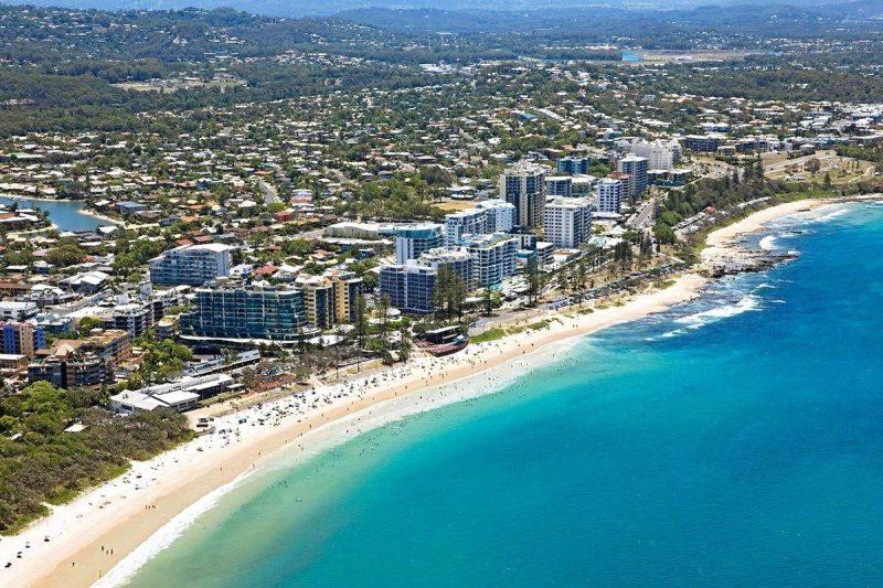 beach accommodation Sunshine Coast
